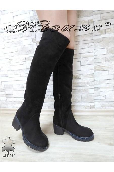 Дамски ботуши 4350-21 велур черни от естествен велур с широк ток