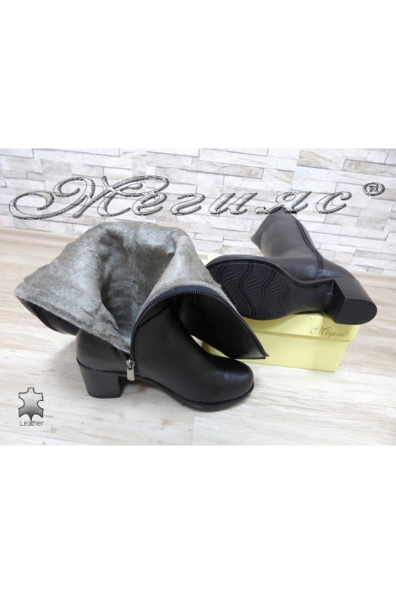 Women boots 825 black leather