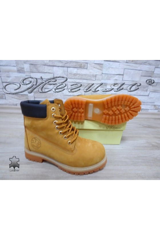 Women boots  02 yellow suede leather