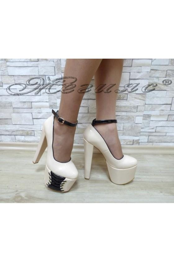 Дамски елегантни обувки 0211 бежов лак на висок ток