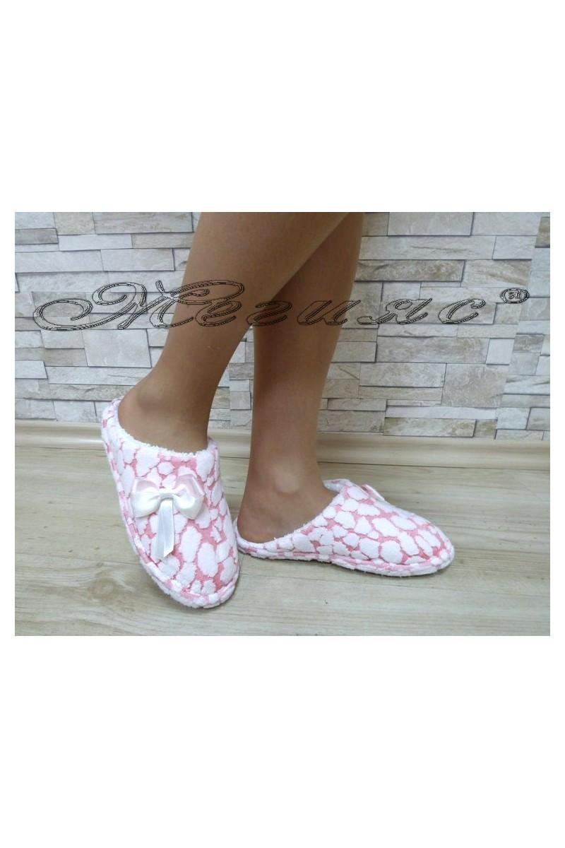 Дамски пантофи 82 бяло с розово от текстил