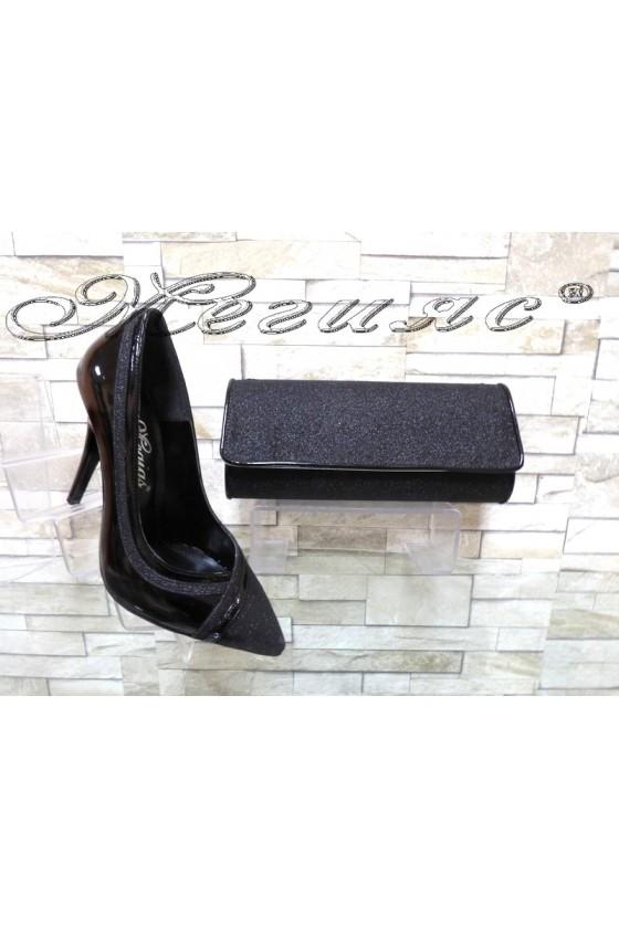 Комплект дамски обувки 1412 черни брокат и лак с чанта 372