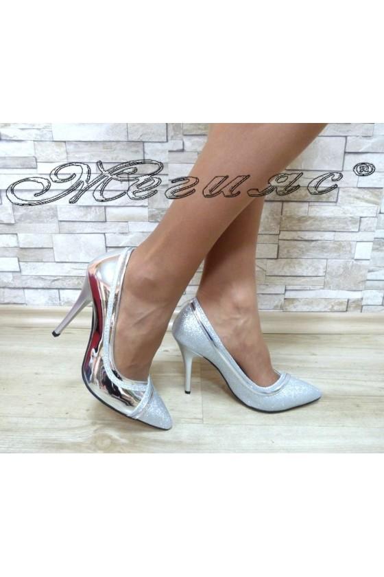 Дамски обувки 1412 сребристи лак и брокат елегантни на висок ток