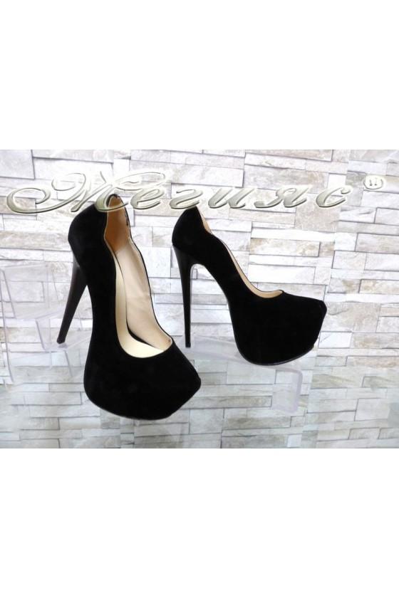 Дамски елегантни обувки 12 черни набук на висок ток