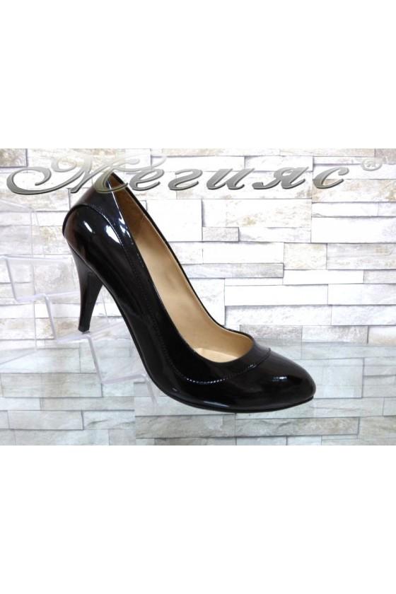 Lady elegant shoes 027 black patent with moddle heel
