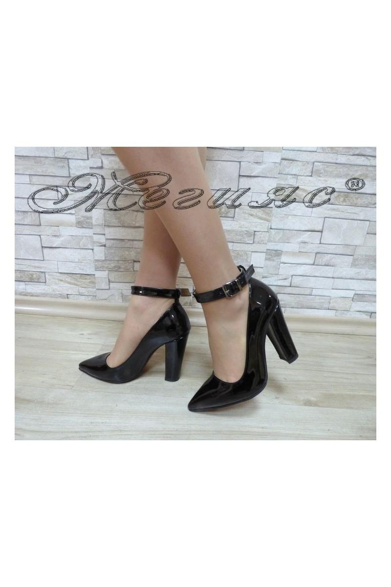 Women's shoes 702 black patent