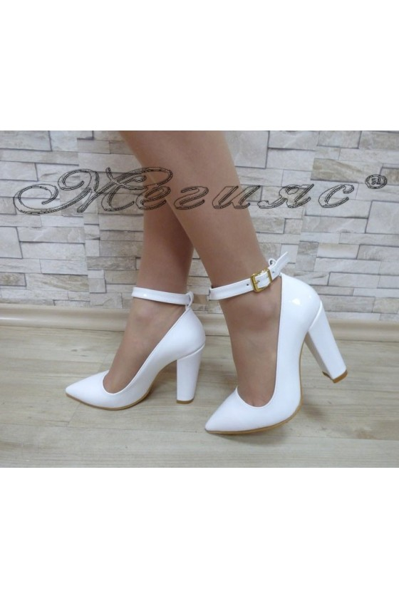 Women's shoes 710 white patent