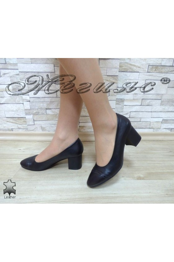 Дамски обувки 120-1-11 черни кожа елегантни на широк ток