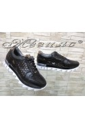 Дамски спортни обувки 501 черни от еко кожа