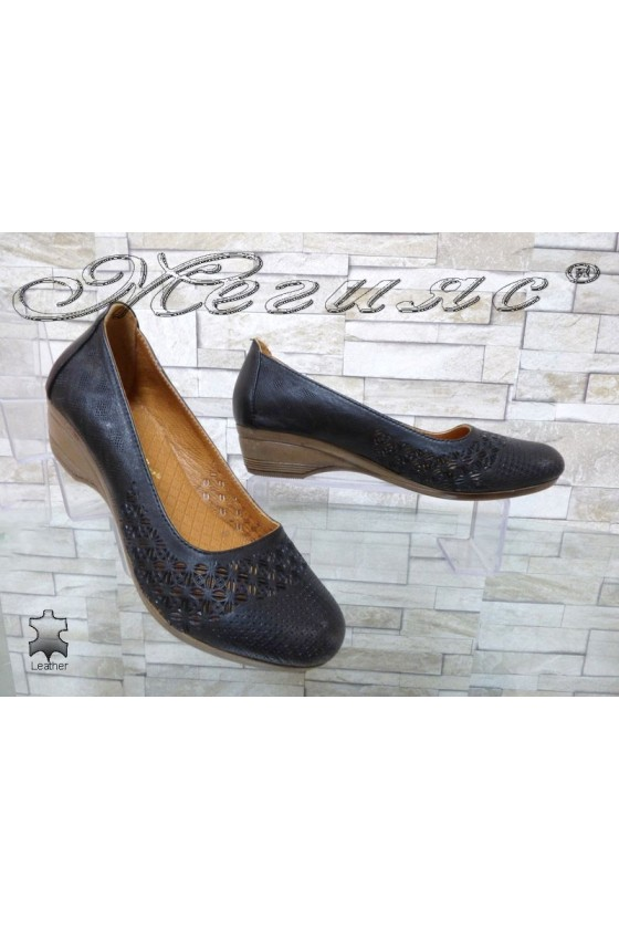 Women shoes 322-02 black leather