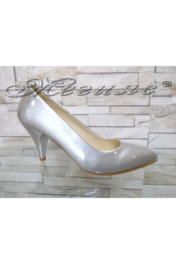 117 Дамски обувки светло сиви перла елегантни остри нисък ток
