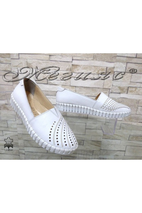 Ladies shoes 705 white leather