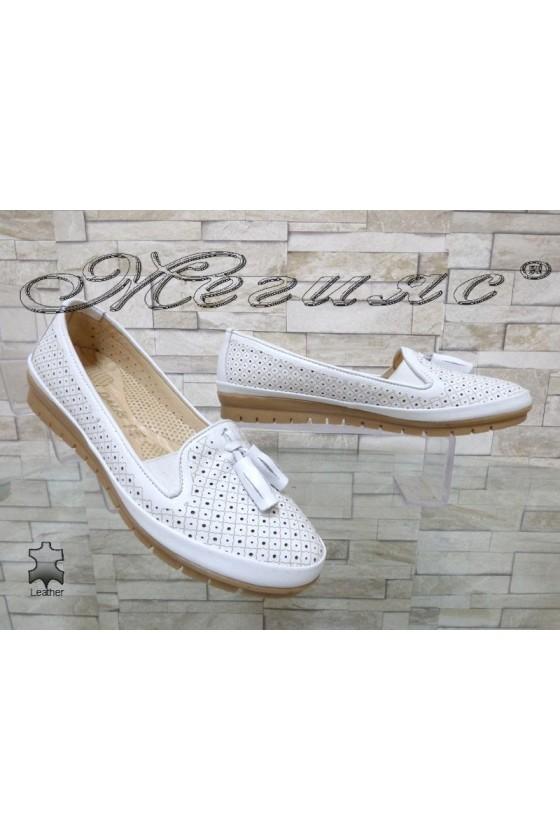 Дамски обувки 450 бели от естествена кожа ежедневни