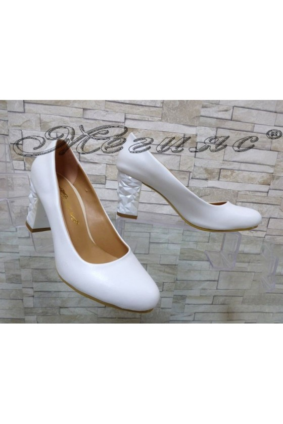 Lady elegant shoes 991 white pu with middle heel