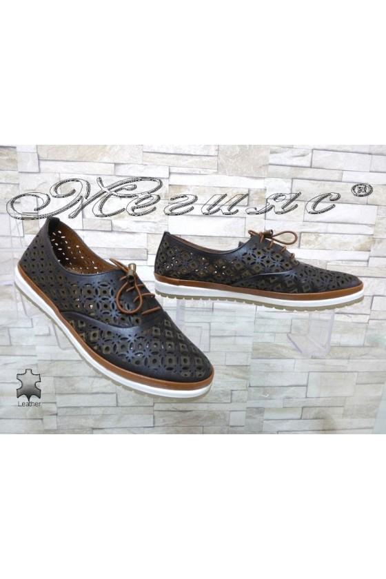 Дамски обувки 8102 черни равни от естествена кожа