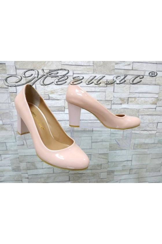 Дамски обувки 99 пудра лак на широк елегантни