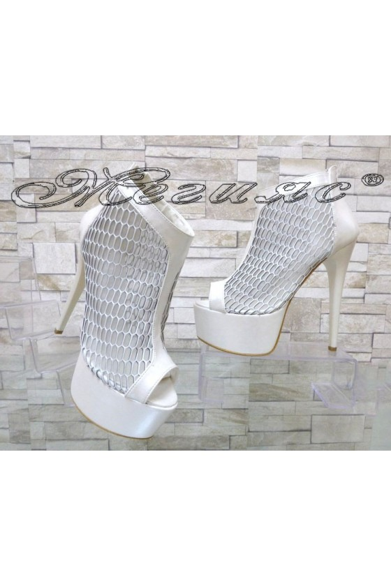 Lady summer boots 00437 white with high heel