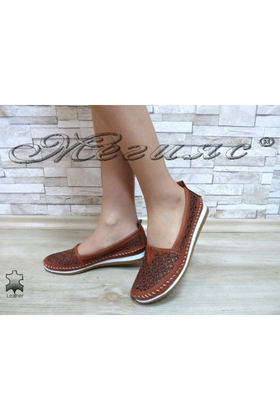 Women shoes 68 brown leather