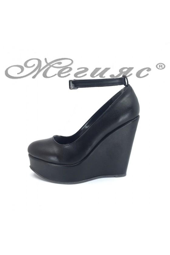 Дамски обувки 046-К черни мат от еко кожа на висока платформа