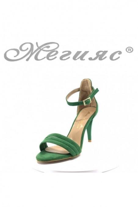 Дамски сандали 392 зелени велур елегантни на среден ток