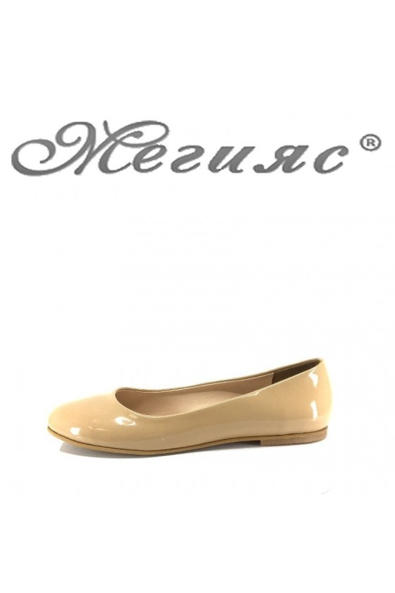 Ladies shoes 101 beige patent