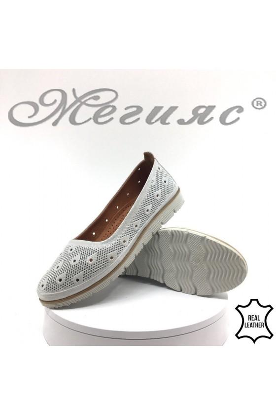 Ladies shoes  02-М/32 white leather