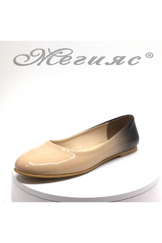 Lady shoes 101 beige patent
