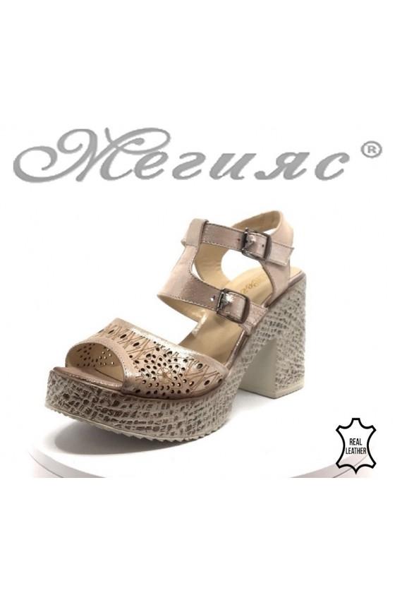 Дамски сандали 720-655 пудра от естествена кожа на широк ток