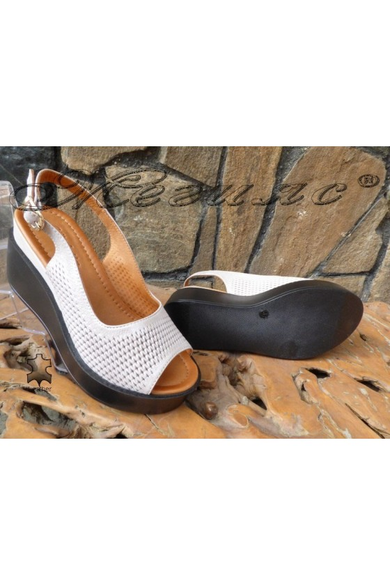 Women sandals 914-68 silver leather