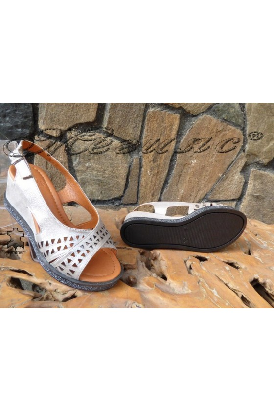 Lady sandals 132-14 silver leather