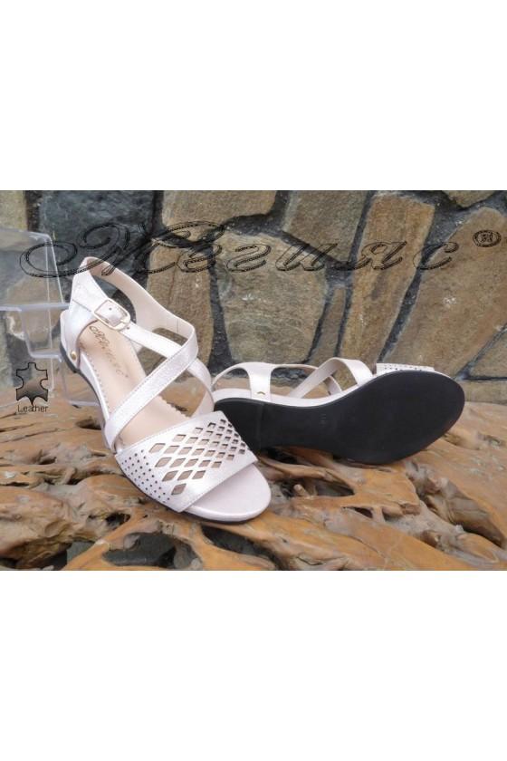 Дамски сандали 313-52 пудра от естествена кожа равни