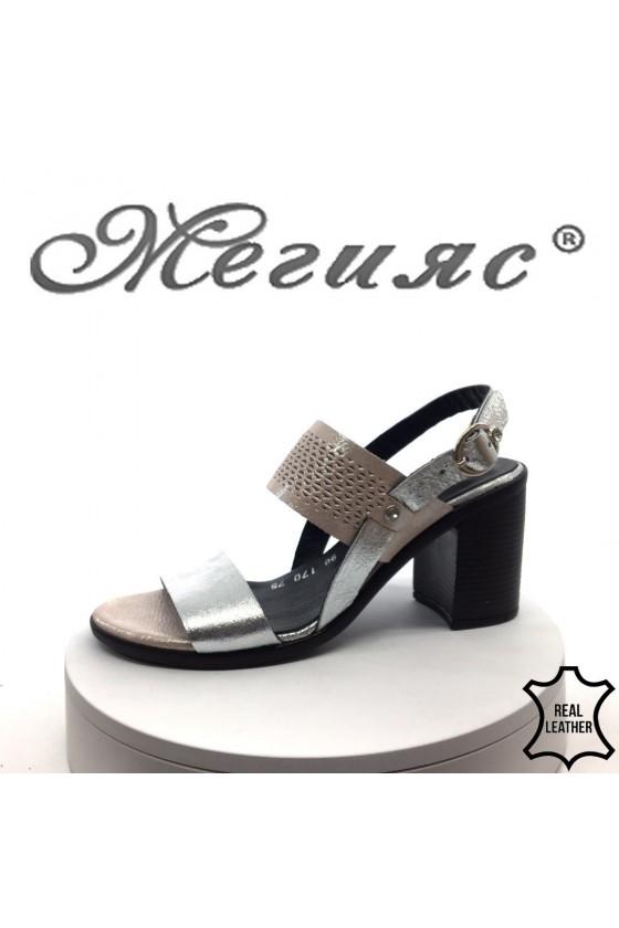 Дамски сандали 90-170-75 сребристи с пудра естествена кожа на среден ток