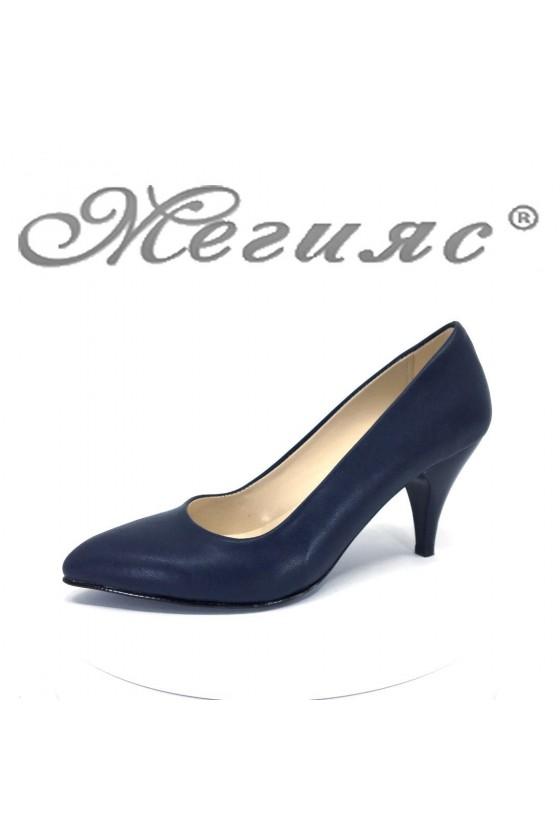Дамски обувки XXL 117 синя кожа елегантни остри нисък ток