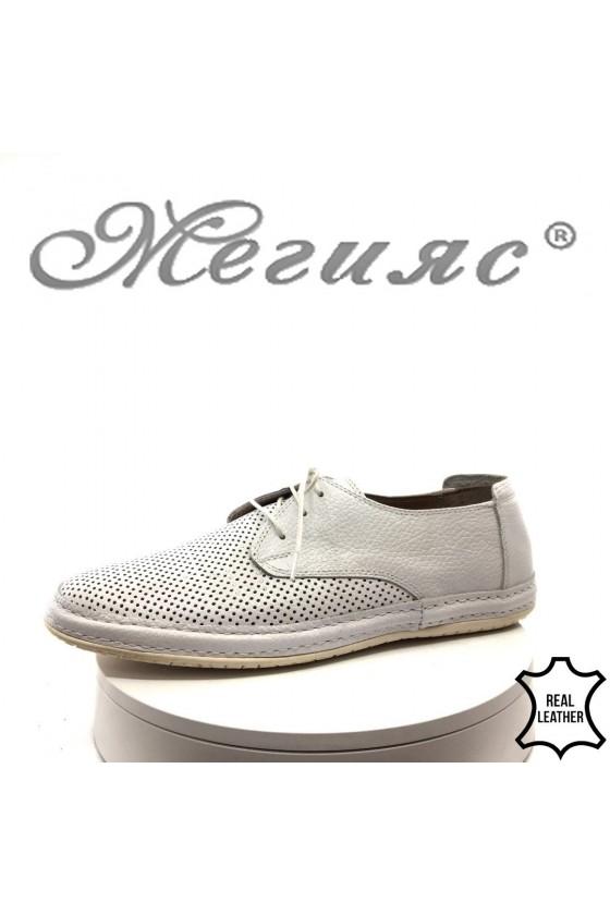 Мъжки обувки 40 бели от естествена кожа с перфорация ежедневни