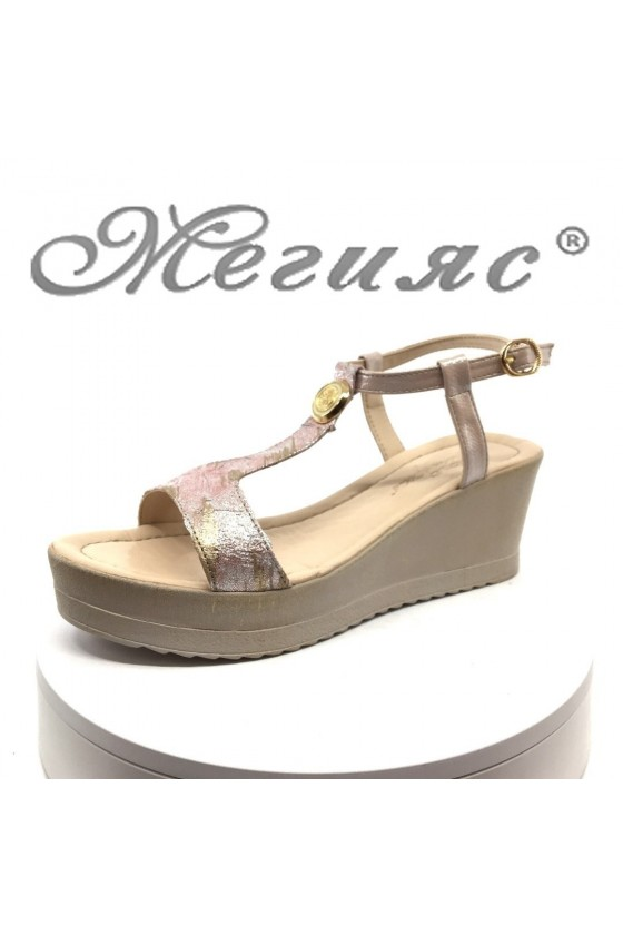 Дамски сандали 22-12589 на средна платформа