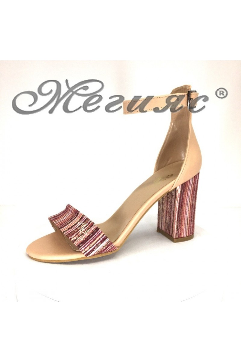 Дамски сандали 13-63 пудра резки елегантни на широк ток