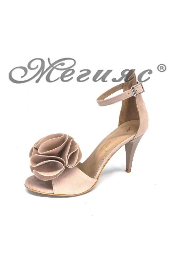 Дамски елегантни сандали 387 бежови от еко велур на висок ток