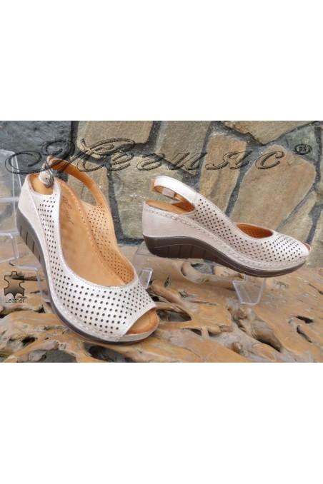 Дамски сандали 13-L пудра от естествена кожа