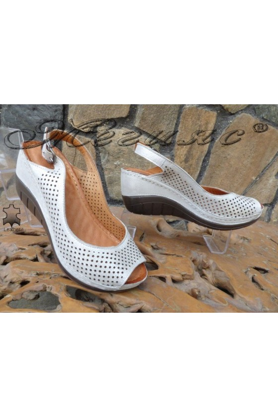 Lady sandals 13-L silver  leather