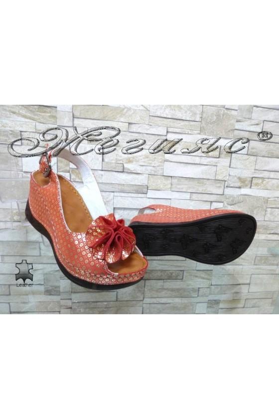Дамски сандали 50-145 червени със златисто от естествена кожа на платформа