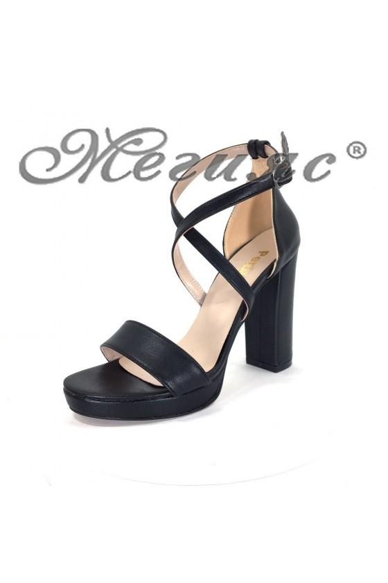 Дамски сандали 393 черни мат от еко кожа елегантни с широк ток