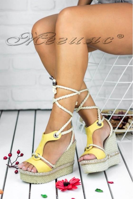 Дамски сандали 502-1 жълти на висока платформа