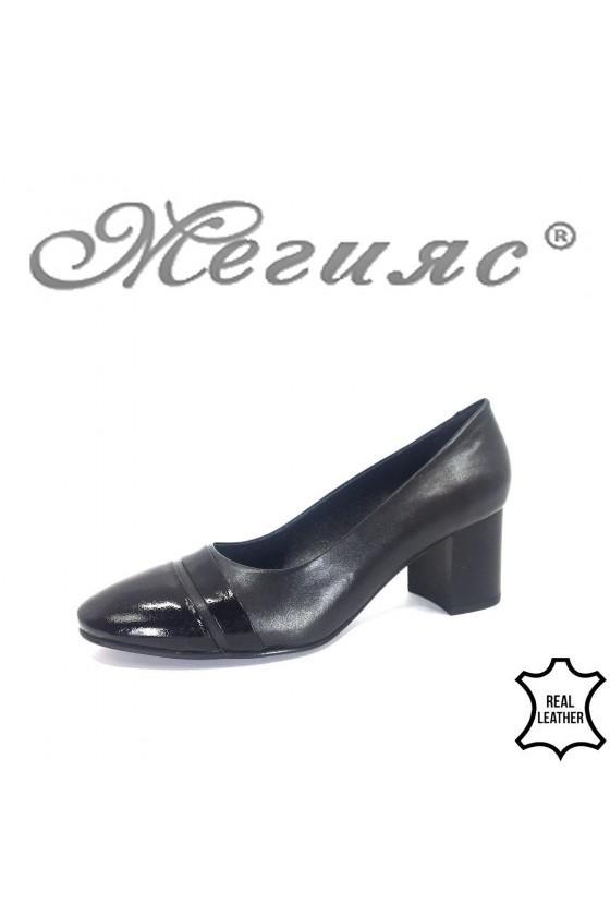 Дамски обувки 107-1-5 черни елегантни от естествена кожа