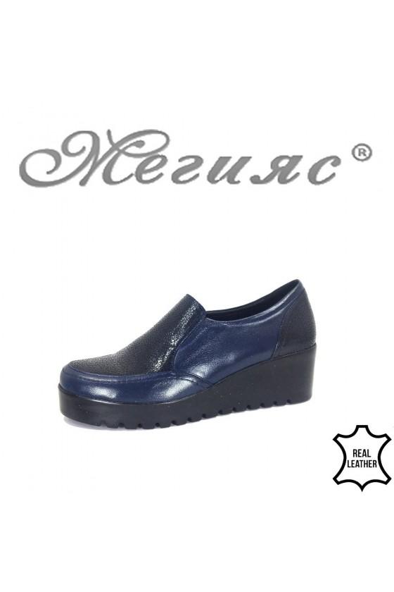 Дамски обувки  сини на платформа от естествена кожа