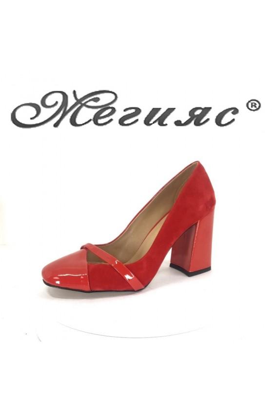 Дамски обувки 188 червени елегантни от eko велур с лак