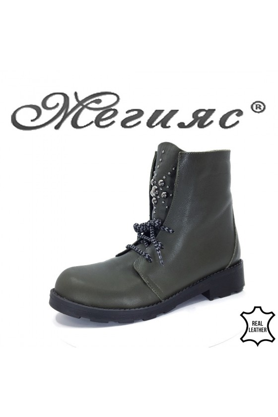 9050-47 Lady boots green leather