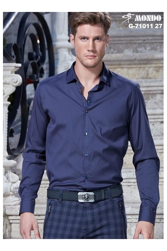 71011 27 MAN DARK BLUE SHIRT