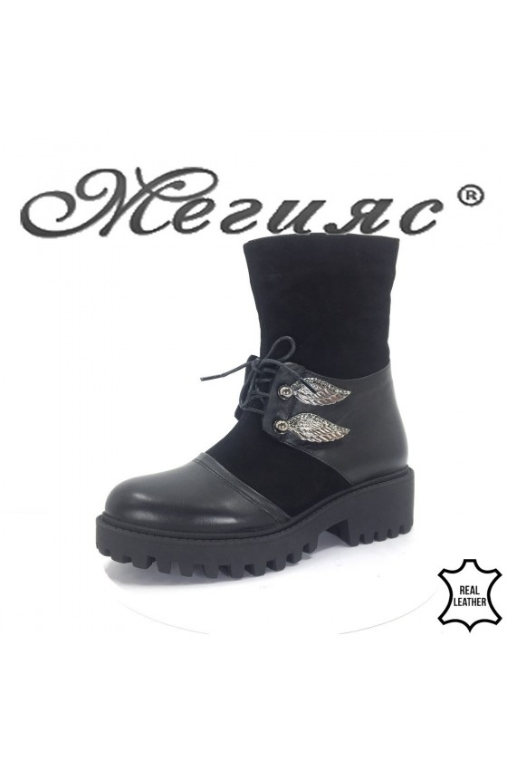 612-315  Lady boots black  leather