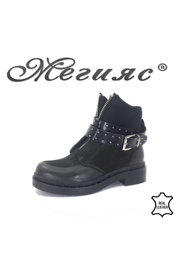 609-304  Lady boots green leather