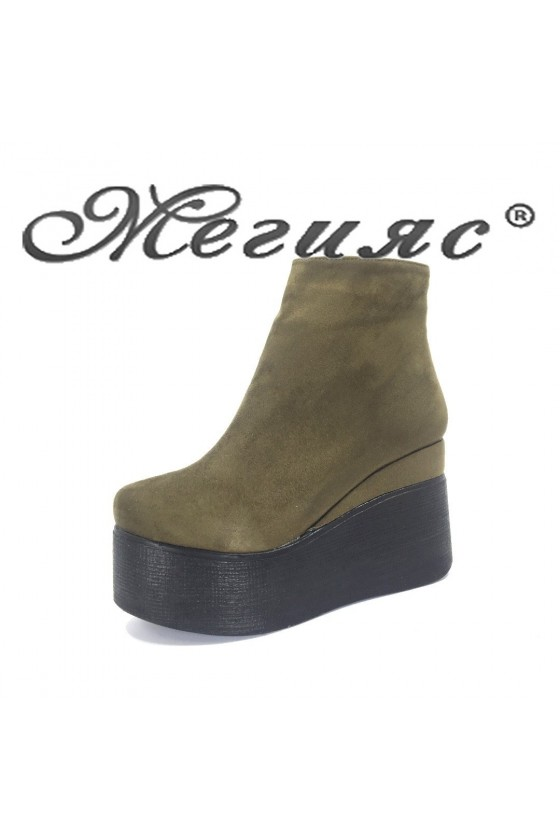 130-К Women platform boots wine suede